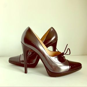 Casadei Cap Toes Color Block Stiletto. Size 10